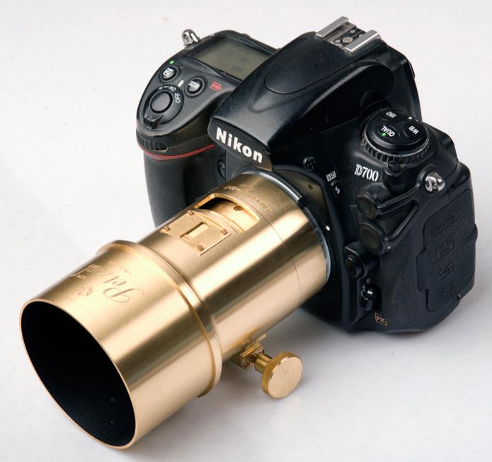 Lomography Petzval Portrait on Nikon D700