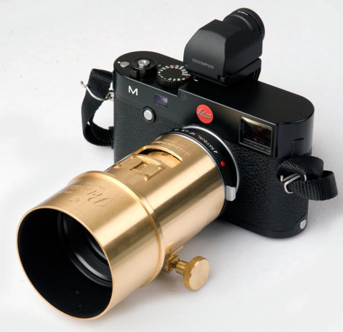 Lomography Petzval Portrait on Leica M240 A7