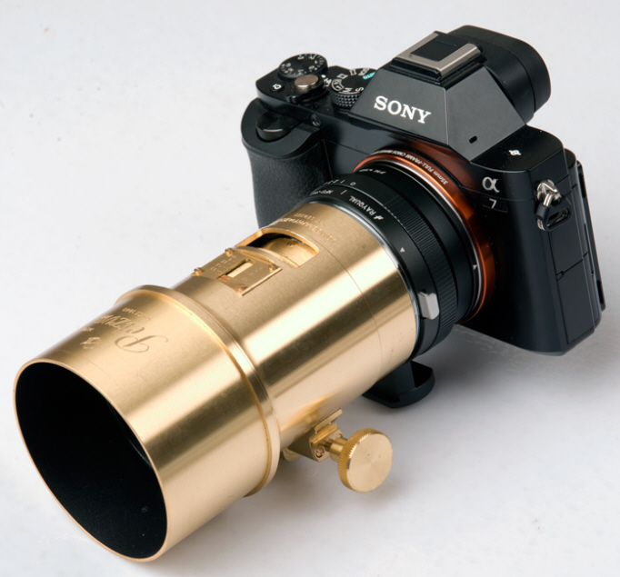 Lomography Petzval Portrait on Sony A7