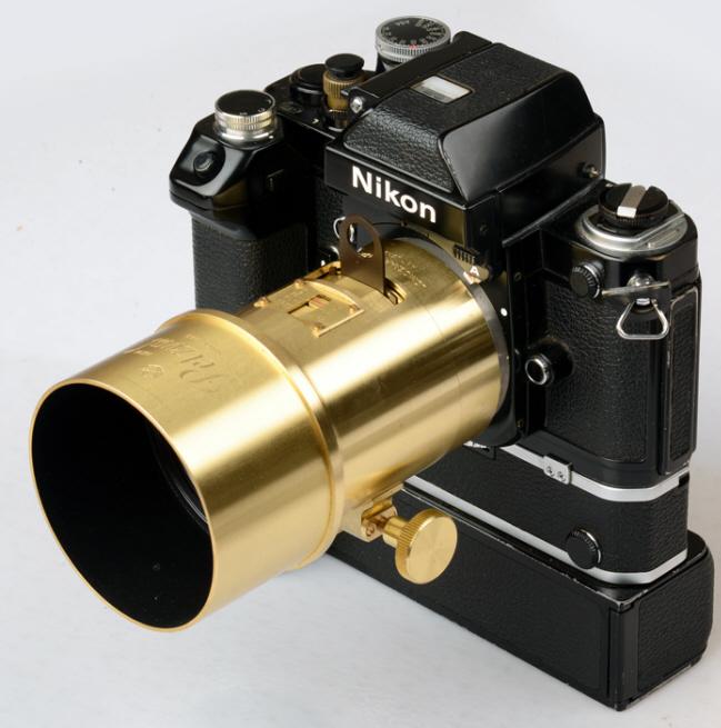 Lomography Petzval Portrait on Nikon F2